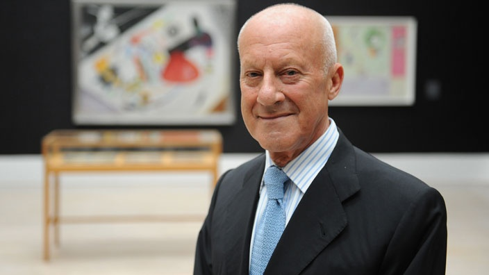 27-Sir-Norman-Foster