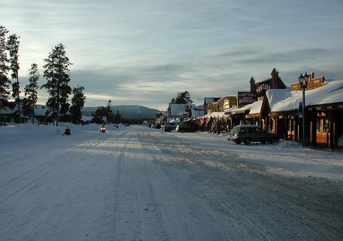 West-yellowstone-montana-best-christmas-shopping