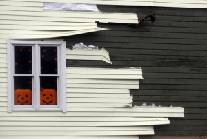 Protecting siding from hurricanes