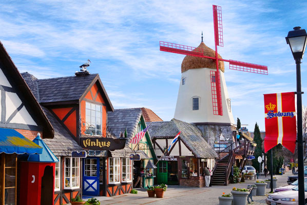 Solvang-california-impressive-small-towns