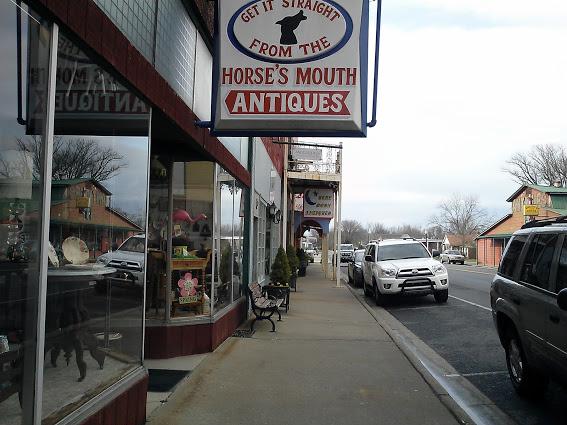 hazel-kentucky-small-town-antique-lovers