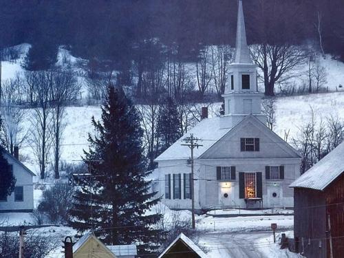 shelburne-vermont-best-christmas-shopping