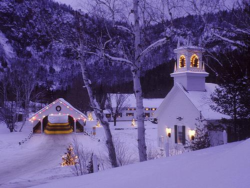 Tilton-New-Hampshire-Best-Christmas-Shopping