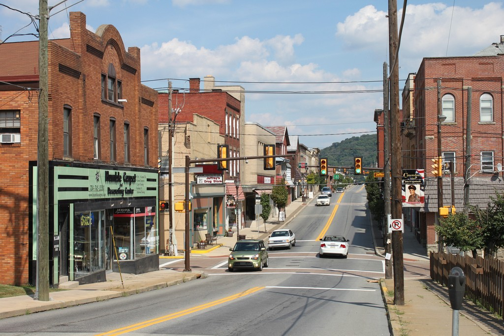 Canonsburg-Pennsylvania-small-town-antique-lovers