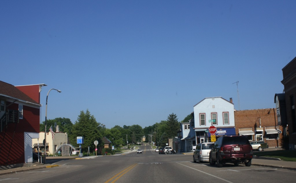 amherst-wisconsin-small-town-antique-lovers